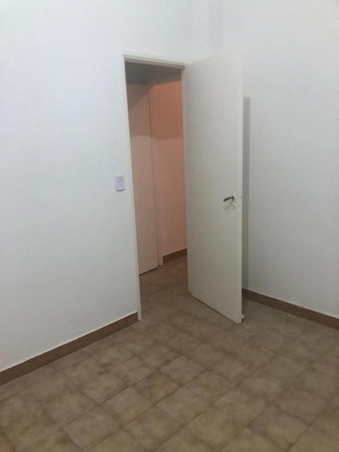 Foto Departamento en Alquiler en  Almagro ,  Capital Federal  Av. Corrientes al 5000