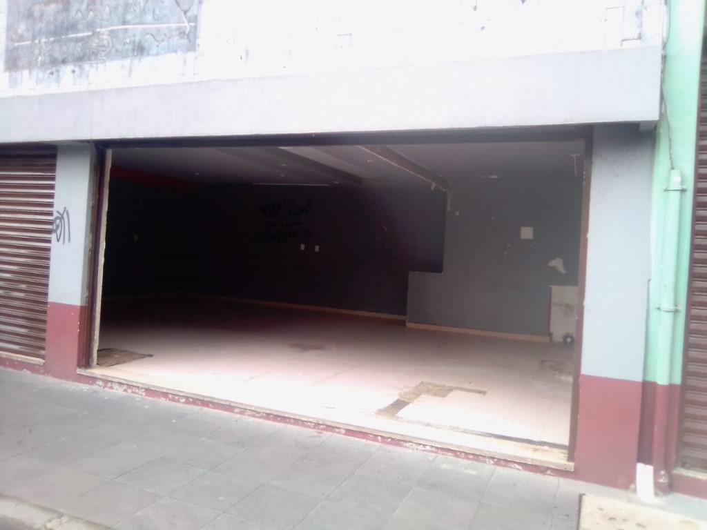 Foto Local en Renta en  Centro,  Toluca  LOCAL en COMERCIAL en RENTA frente al TEATRO MORELOS en el centro de TOLUCA