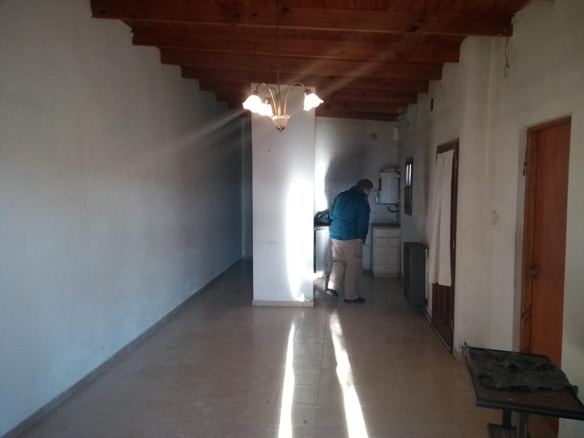 Foto Casa en Venta en  9 De Julio ,  Interior Buenos Aires  Chacabuco 124