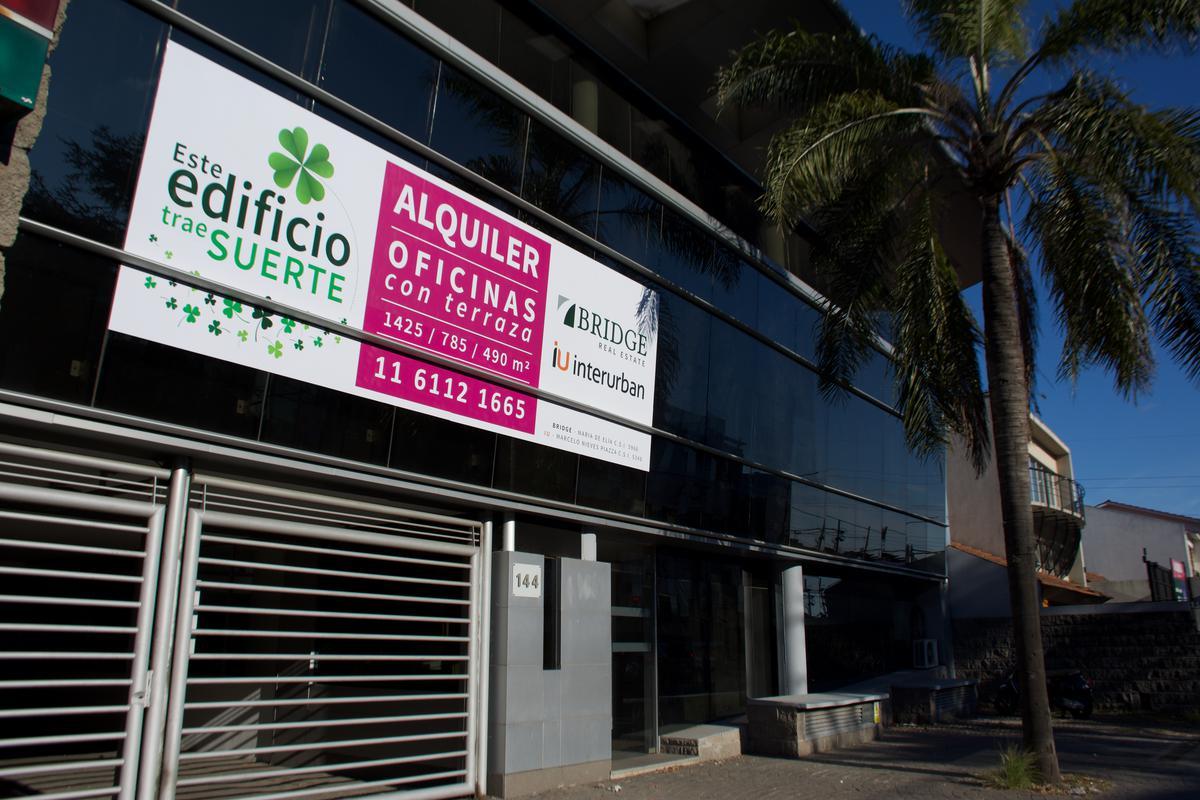 Foto Edificio Comercial en Alquiler en  Mart.-Fleming/Panam.,  Martinez  Thames al 100