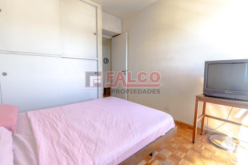 Foto Departamento en Venta en  Flores ,  Capital Federal  San Pedrito y Rivadavia