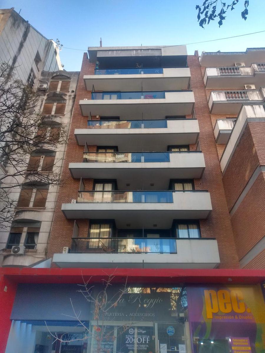 Foto Departamento en Alquiler en  Nueva Cordoba,  Capital  Independencia al 800