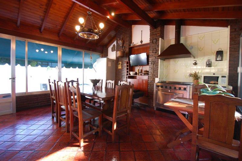 Foto Casa en Venta en  Vicente López ,  G.B.A. Zona Norte  Estanislao del Campo 38