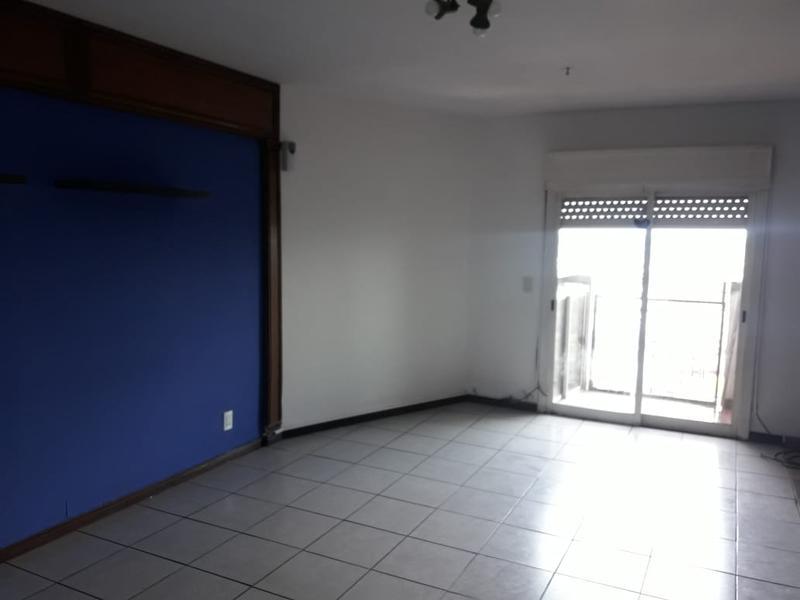 Foto Departamento en Alquiler en  San Miguel ,  G.B.A. Zona Norte  Vicente Lopez al 1200