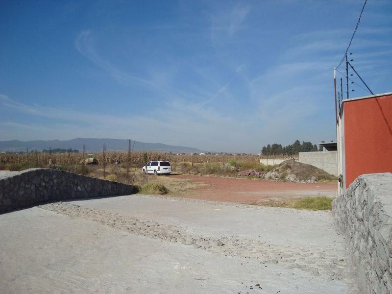 Foto Terreno en Venta en  San Antonio Buenavista,  Toluca  TERRENO EN VENTA TOLUCA, EN CONDOMINIO CERCA DEL CAMPUS SIGLO XXI