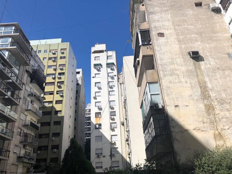 Foto Departamento en Venta en  Recoleta ,  Capital Federal  ARENALES 2100 - 1º PISO