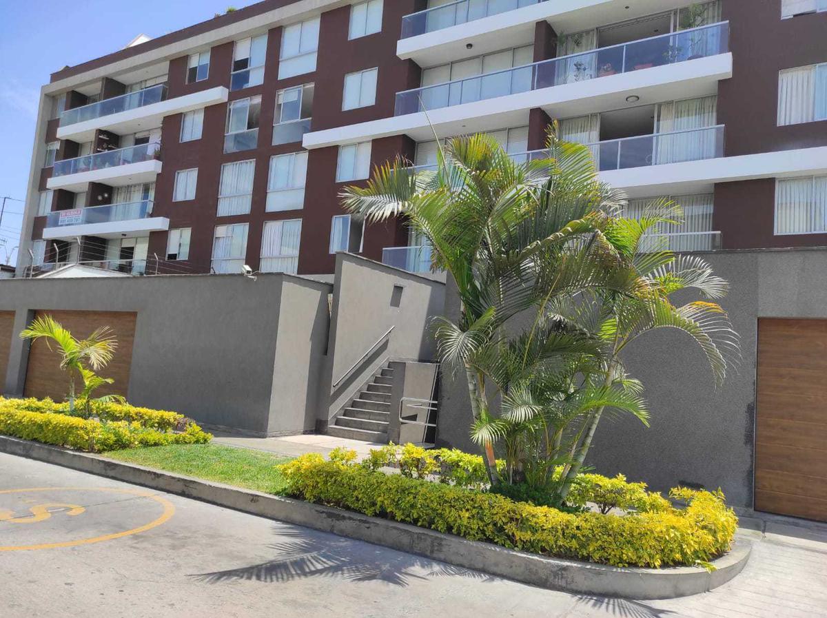 Foto Departamento en Venta en  Santiago de Surco,  Lima  Calle LOMA DE LOS SUSPIROS 348 BLK B DPTO 103