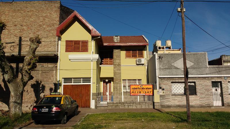 Foto Casa en Venta en  Valentin Alsina,  Lanus  Chile 1600