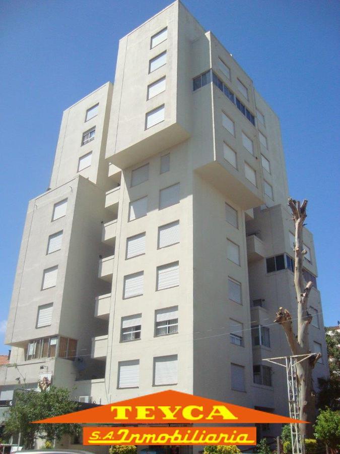 Foto Departamento en Alquiler temporario en  Centro,  Pinamar  Constitucion nº344