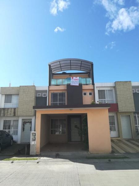 Foto Casa en Venta en  Fraccionamiento La Pradera,  Xalapa  HERMOSA CASA LOMAS DE LA PRADERA