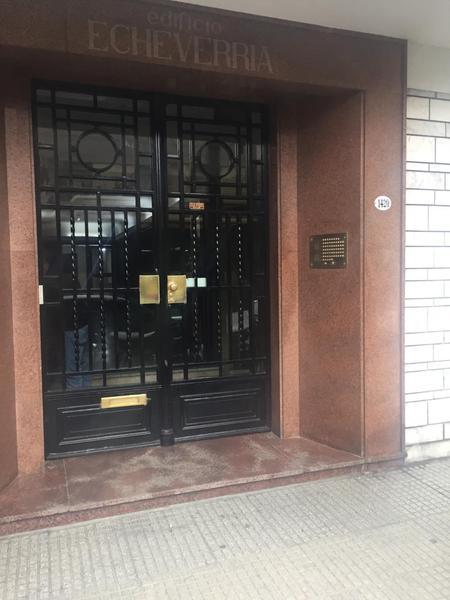 Foto Departamento en Venta en  Belgrano C,  Belgrano  Echeverria al 1400