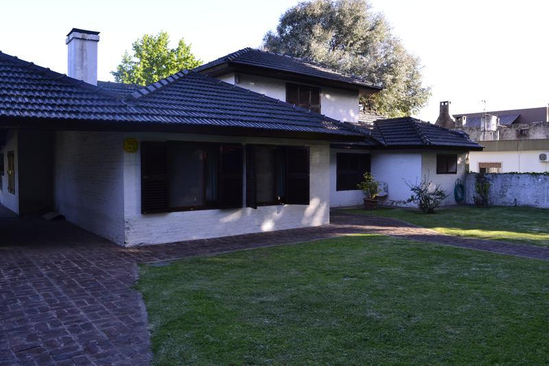 Foto Casa en Alquiler temporario en  Bella Vista,  San Miguel  moine y munzon