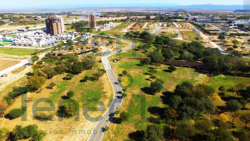 Foto Terreno en Venta en  Lomas de Manantiales,  Cordoba Capital  Lomas de Manantiales - 296 mts! Apto duplex! Central!