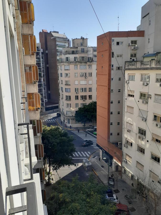 Foto Departamento en Alquiler en  Recoleta ,  Capital Federal  Vicente Lopez al 2200