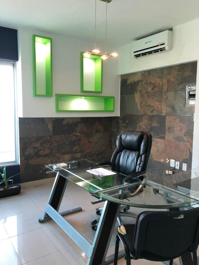 Foto Oficina en Renta en  Fraccionamiento Costa de Oro,  Boca del Río  COSTA DE ORO, Oficina en RENTA AMUEBLADA de 126 m2 en Corporativo 415