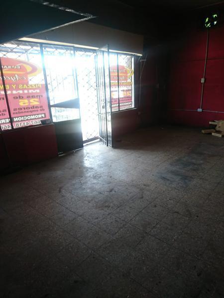 Foto Local en Alquiler en  San Miguel,  San Miguel                  av pte peron     3182