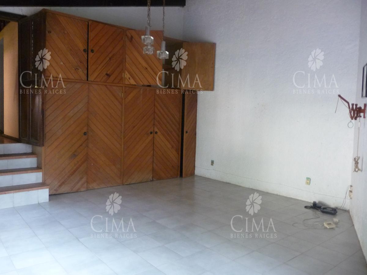 Foto Terreno en Venta en  Del Bosque,  Cuernavaca  OPORTUNIDAD PARA REMODELAR - T34