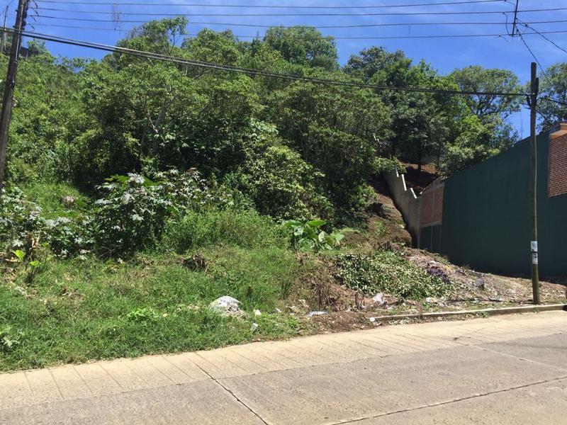 Foto Terreno en Venta en  Santa Rosa,  Xalapa  TERRENO   CON VISTA A LA CIUDAD DE  XALAPA.