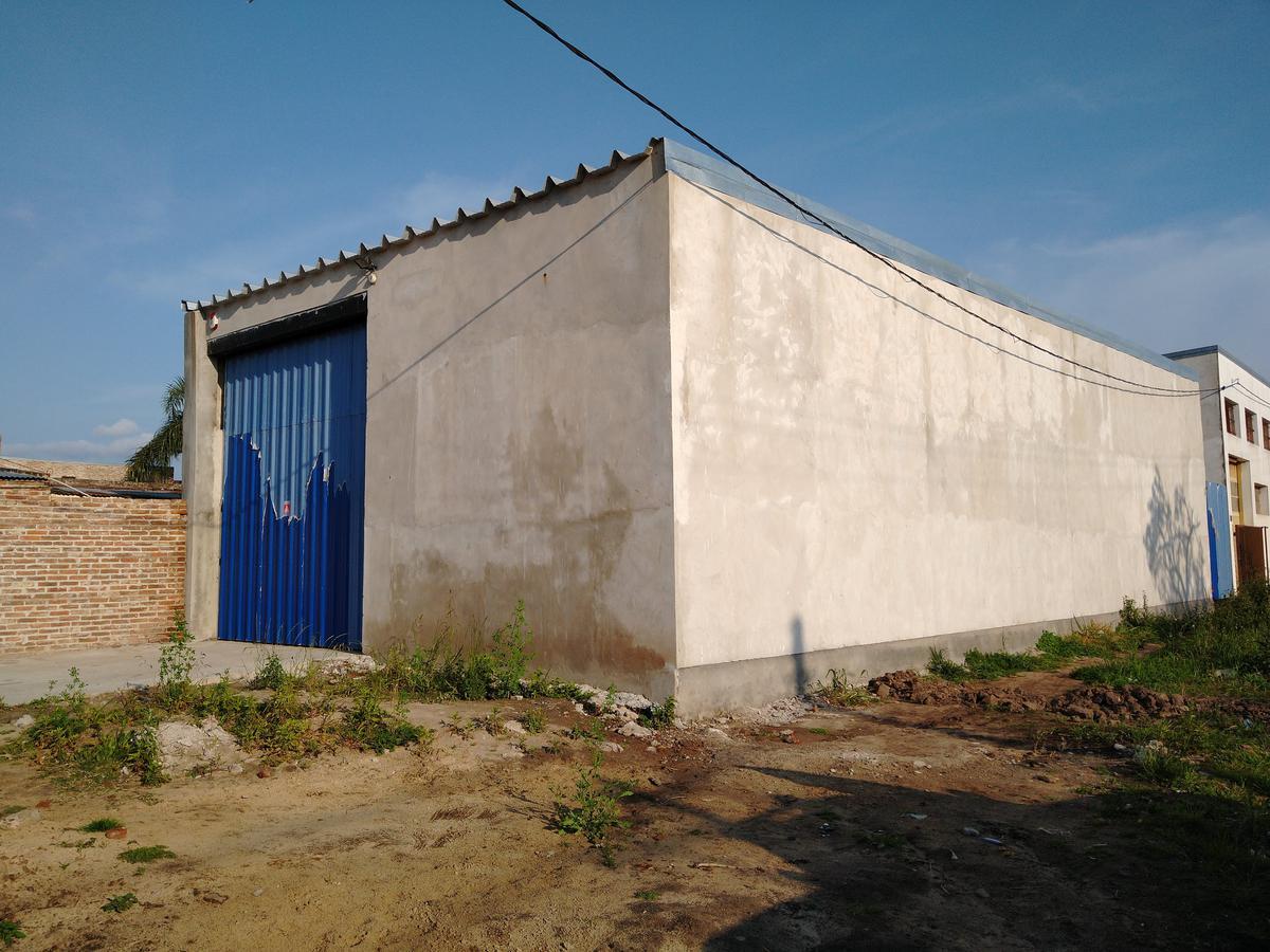 Foto Galpón en Venta en  Santa Fe,  La Capital  RISSO al 3200