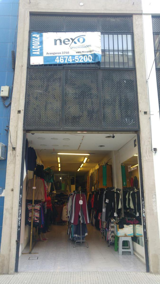 Foto Local en Alquiler en  Floresta ,  Capital Federal  Avenida Avellaneda al 3700