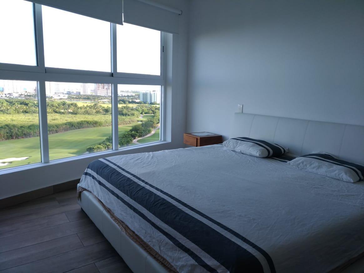 Foto Departamento en Renta en  Puerto Cancún,  Cancún  DEPARTAMENTO AMUEBLADO EN RENTA EN PUERTO CANCUN EN ISOLA AXENT