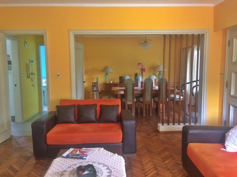Foto Casa en Venta | Alquiler en  Punta Gorda ,  Montevideo  Luminosa casa en Punta Gorda, 3 dorm   sevicio