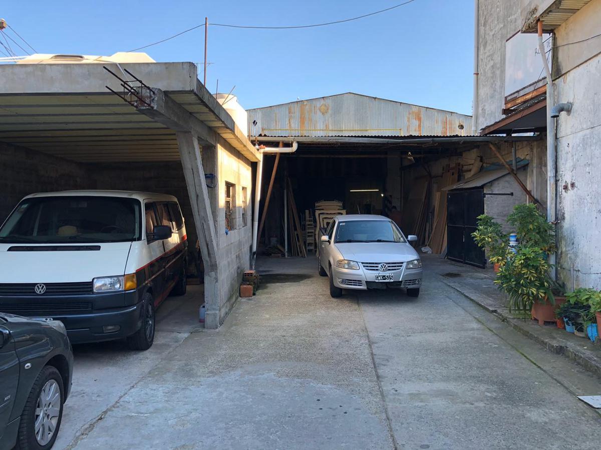 Foto Galpón en Venta en  Tigre ,  G.B.A. Zona Norte  Oportunidad deposito industrial con vivienda. Tigre
