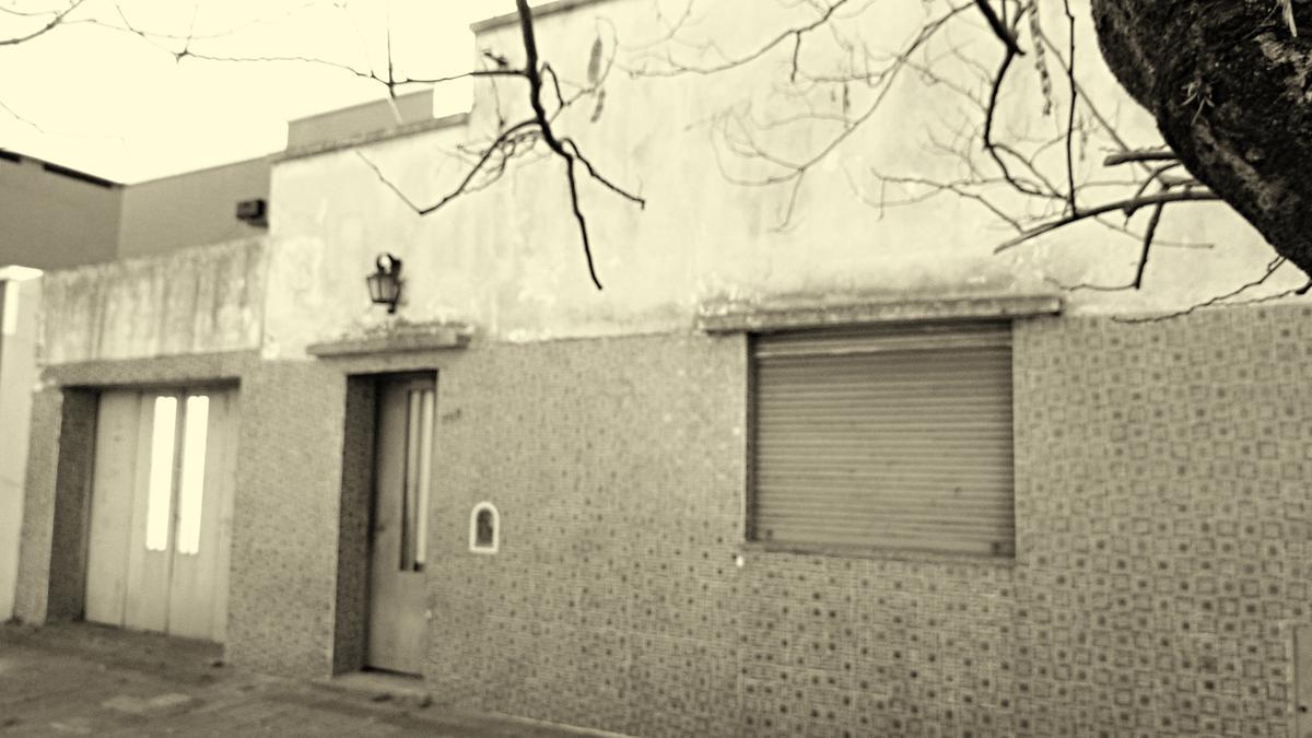 Foto Terreno en Venta en  La Plata ,  G.B.A. Zona Sur  21  708 e 46 y 47