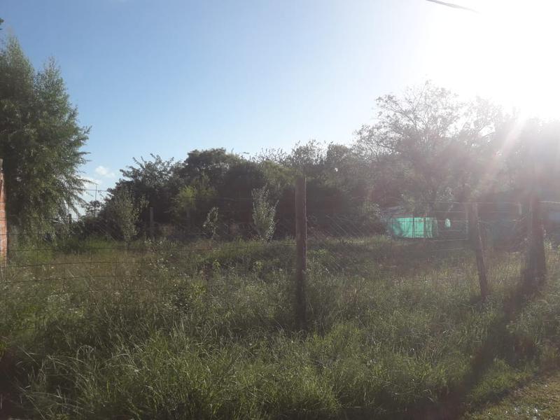 Foto Terreno en Venta en  San Vicente ,  G.B.A. Zona Sur  Colombres y Urquiza
