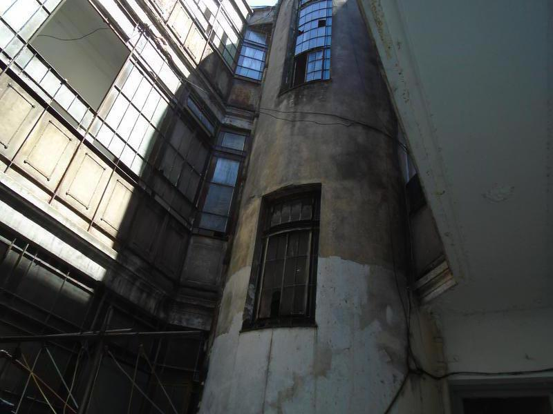 Foto Edificio Comercial en Venta en  San Telmo ,  Capital Federal  Venezuela al 700