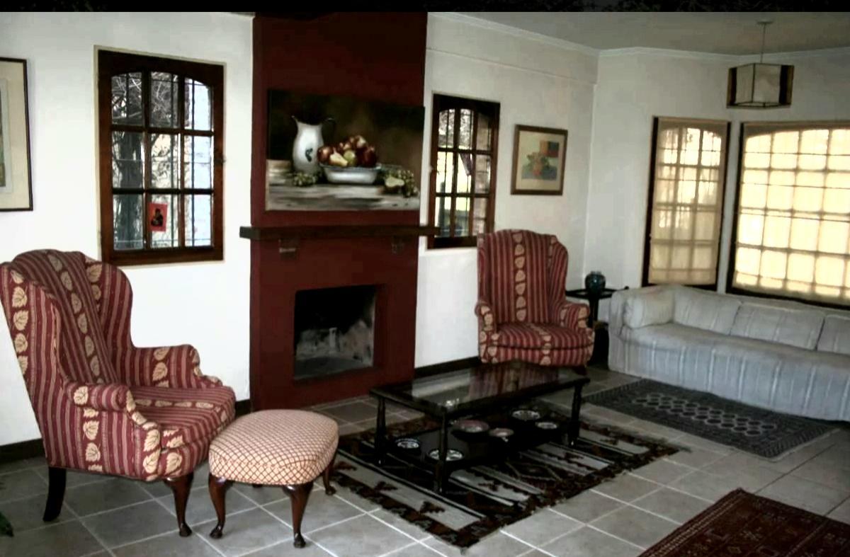 Foto Casa en Venta en  San Isidro ,  G.B.A. Zona Norte  Impecable casa en venta en zona La Horquta san isidro 3 dorm play y pileta