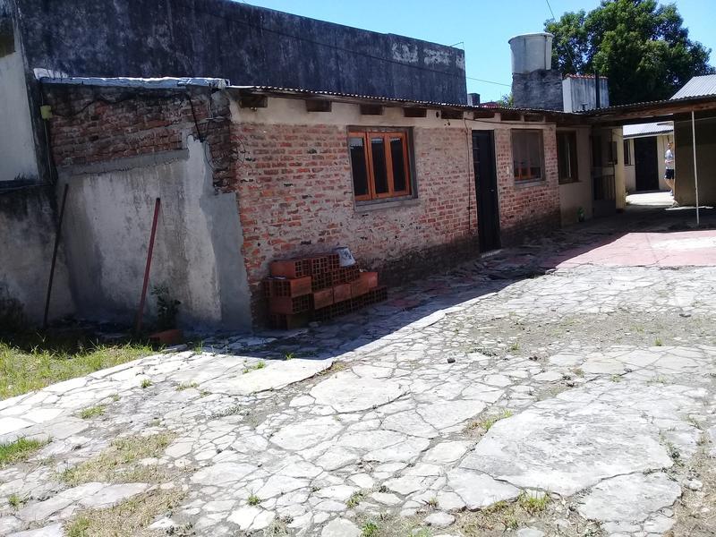 Foto Terreno en Venta en  Lanús Oeste,  Lanús  JEAN JAURES al 1400