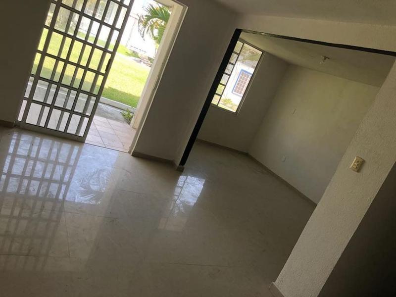 Foto Casa en Venta en  Fraccionamiento Residencial Real Campestre,  Altamira  SE VENDE CASA FRACCIONAMIENTO REAL CAMPESTRE CON ALBERCA