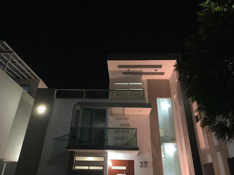 Foto Casa en Renta en  La Isla Lomas de Angelópolis,  San Andrés Cholula  CASA EN RENTA EN PARQUE. PUEBLA BLANCA (Lomas)