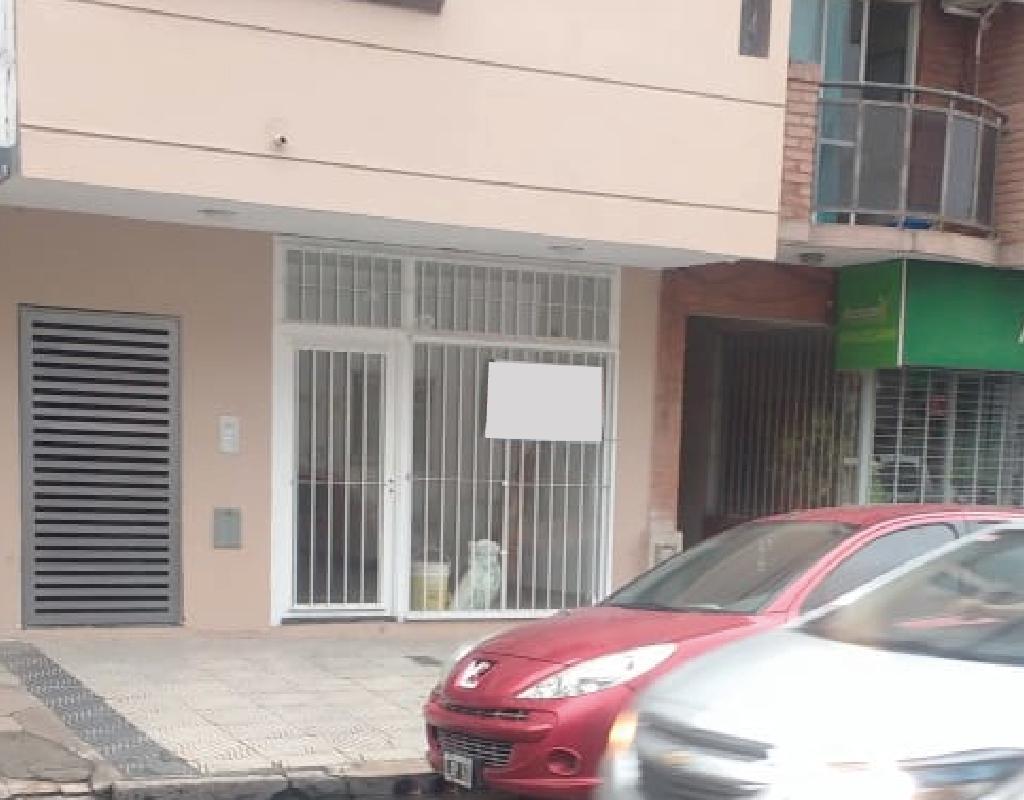 Foto Local en Alquiler en  Barrio Sur,  San Miguel De Tucumán  ayacucho al 100