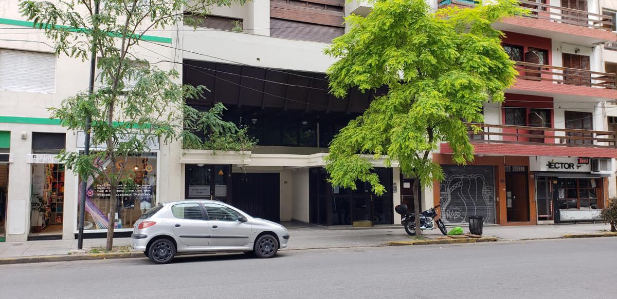 Foto Departamento en Venta en  Microcentro,  Mar Del Plata  LA RIOJA  1500