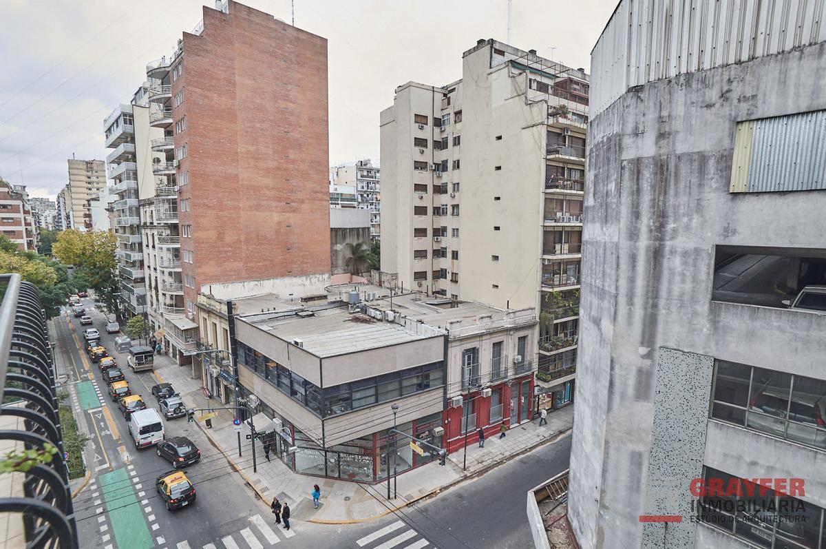 Foto Departamento en Venta en  Barrio Norte ,  Capital Federal  ECUADOR al 1300