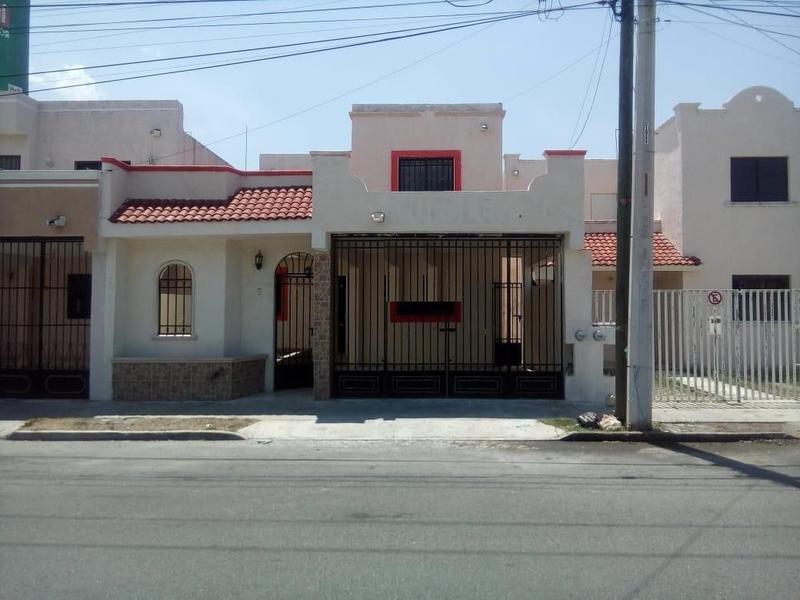 Foto Casa en Venta en  Querétaro ,  Querétaro  VENTA DE CASA 3 RECAMARAS EN TERRANOVA