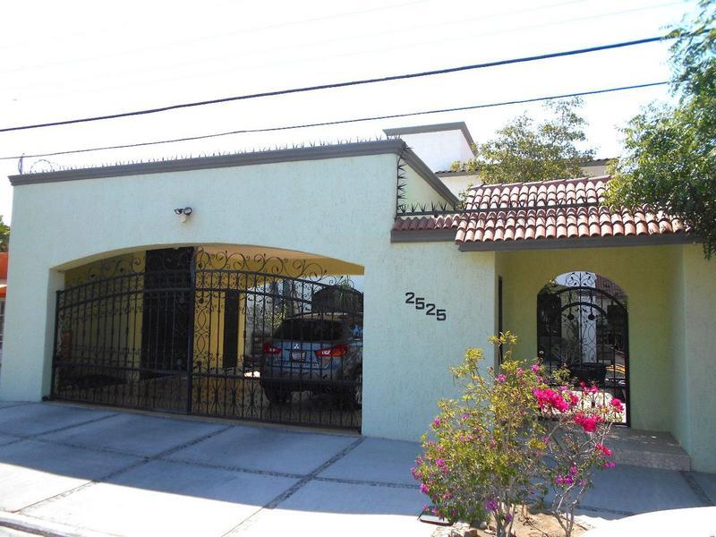 Foto Casa en Renta en  Zona Central,  La Paz  MARCELO RUBIO #2525 E/ ENCINAS Y LEGASPI