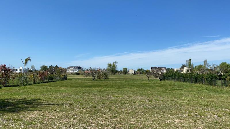 Foto Terreno en Venta en  San Eliseo Golf & Country,  Countries/B.Cerrado (San Vicente)  Lote en Barrio privado San Eliseo