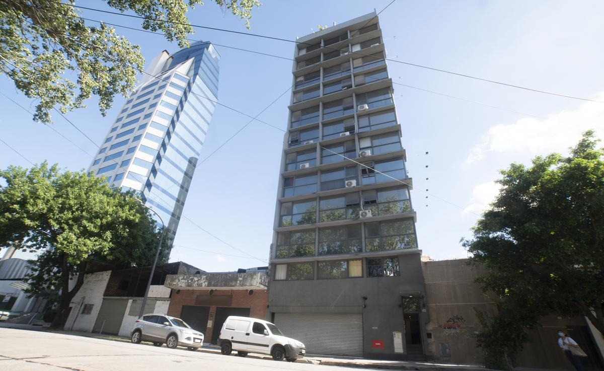 Foto Departamento en Venta en  San Telmo ,  Capital Federal  Av Brasil 39/41