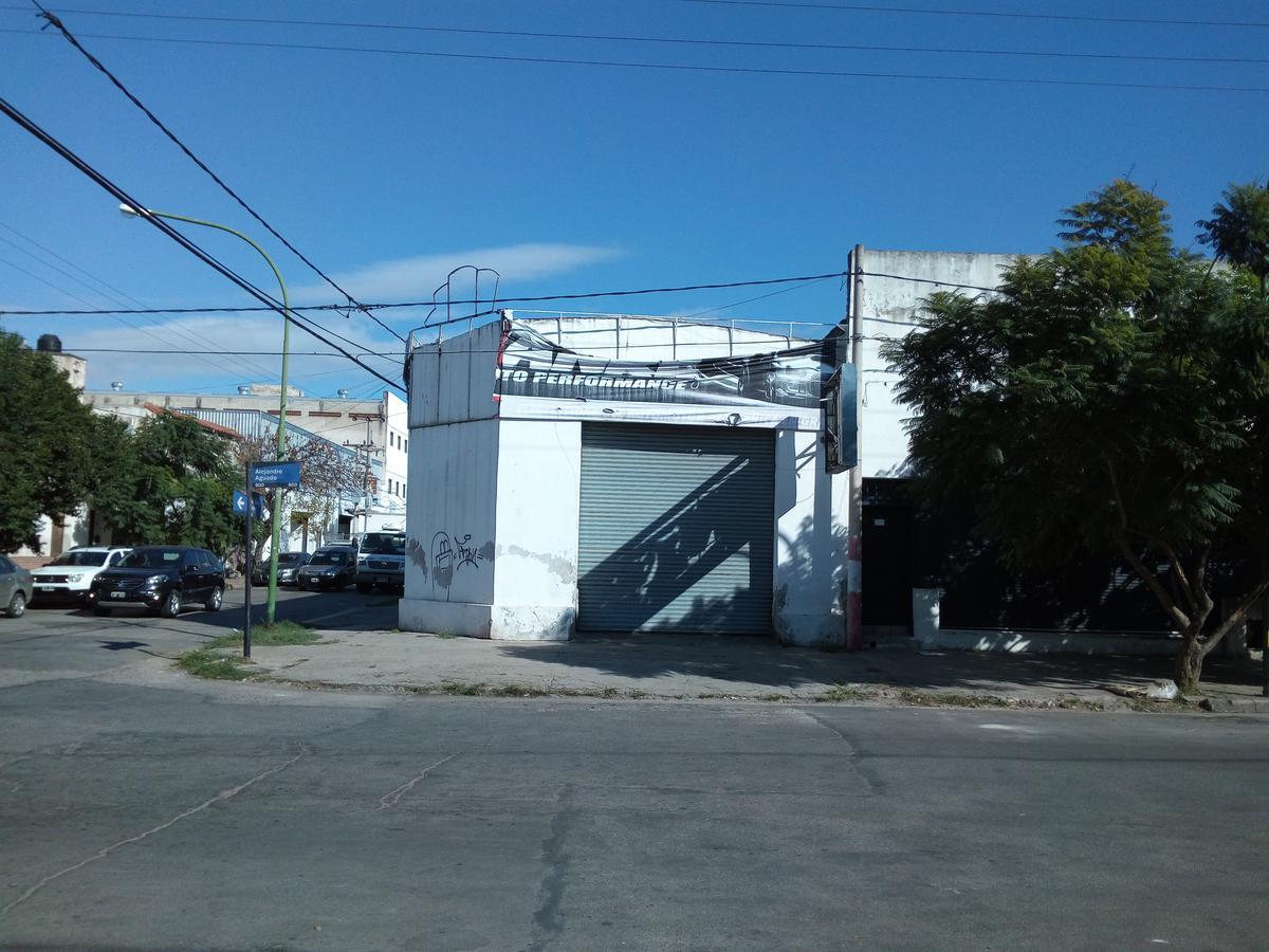 Foto Depósito en Venta en  General Bustos,  Cordoba Capital  Oportunidad Venta  Alejandro Aguado esq. Saravia - Barrio General Bustos, Cordoba.