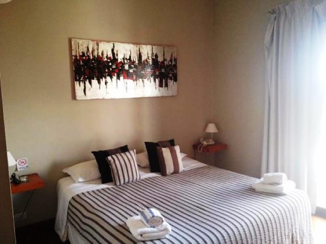 Foto Hotel en Venta en  Colonia del Sacramento ,  Colonia  18 de Julio casi Avda. Artigas