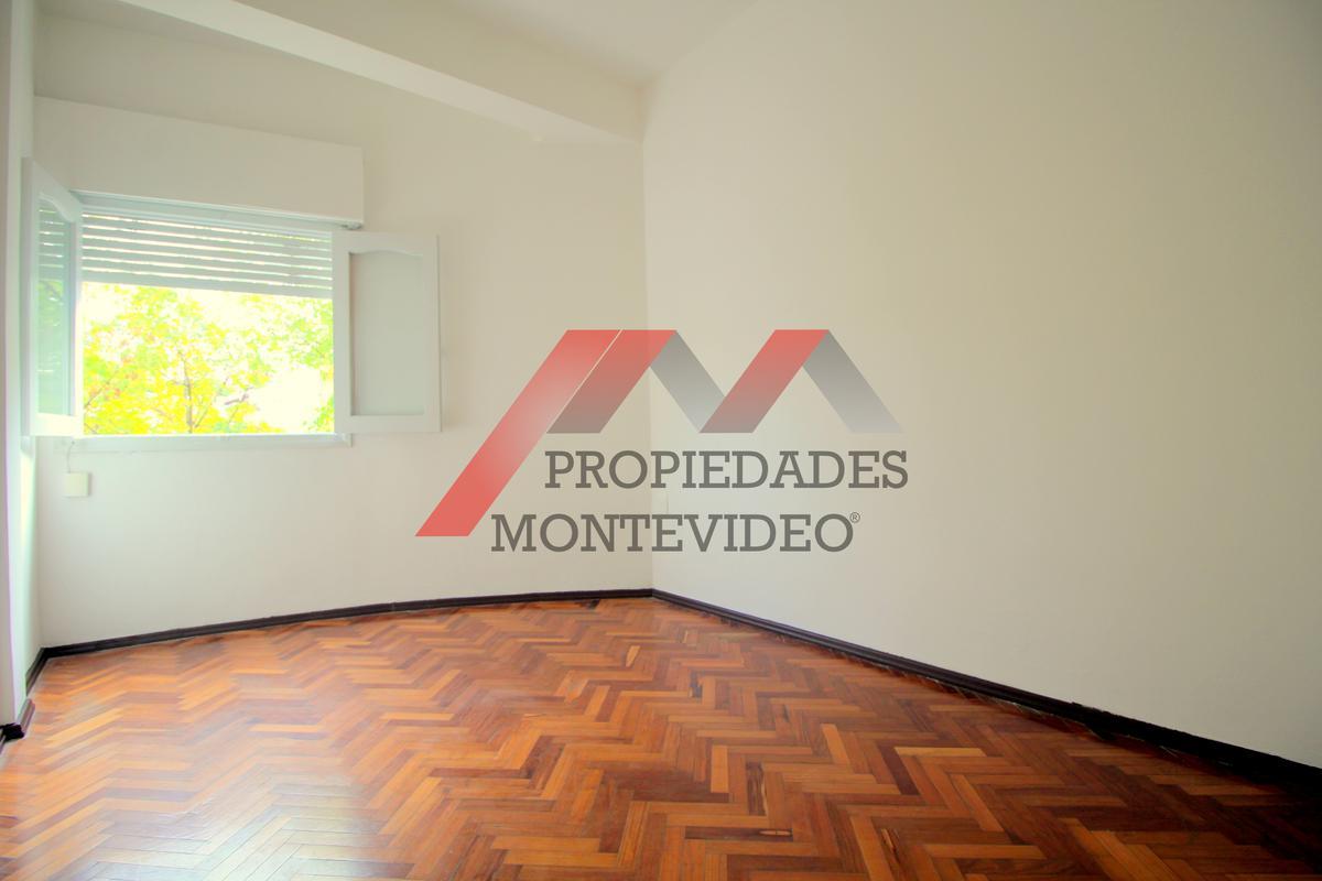 Foto Apartamento en Alquiler en  Buceo ,  Montevideo  Buceo - F Solano López al 1600 esq Nancy