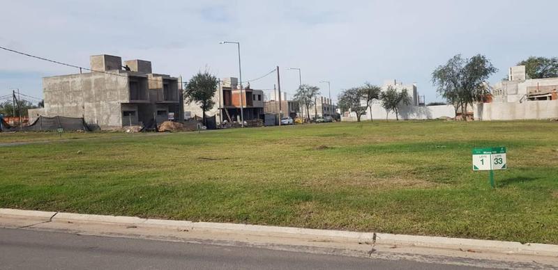 Foto Terreno en Venta en  Miradores de Manantiales,  Cordoba Capital  Miradores de Manantiales - M109 L1