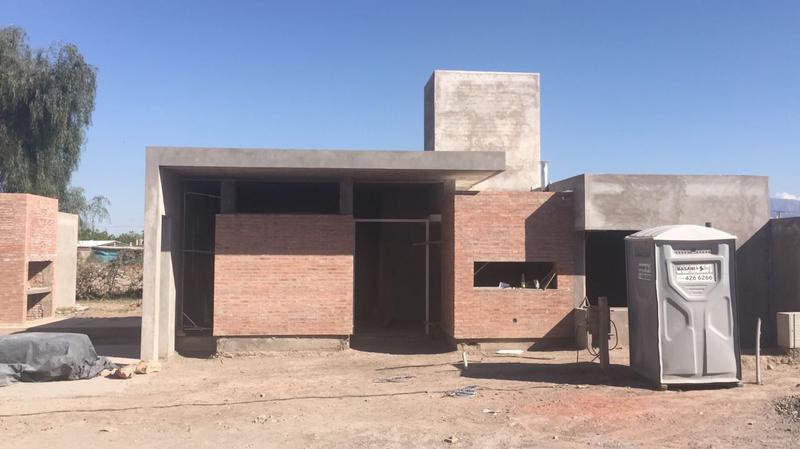 Foto Casa en Venta en  Rivadavia ,  San Juan  Hipolito Irigoyen (ex San Miguel) al 1900