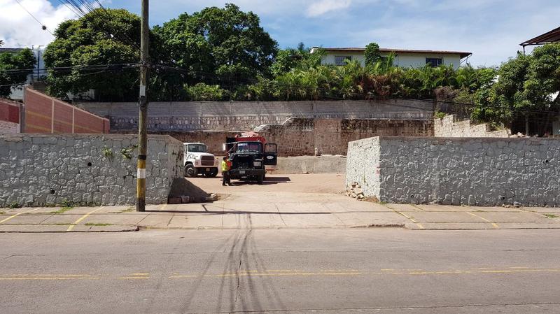 Foto Campo en Venta en  Palmira,  Tegucigalpa  Terreno Comercial en Col. Palmira, Tegucigalpa