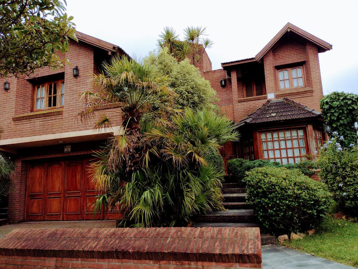 Foto Casa en Venta en  Mar De Ajo ,  Costa Atlantica  Ramos Mejía 351