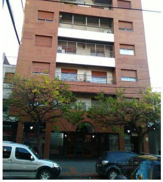Foto Departamento en Alquiler en  Adrogue,  Almirante Brown  DIAGONAL BROWN  1254, 2do C, Entre Av. Espora y Mitre