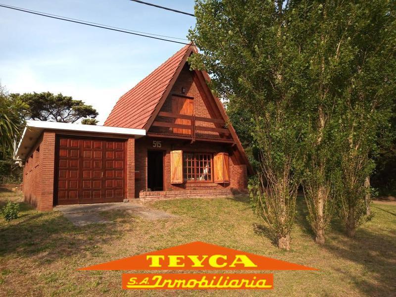 Foto Casa en Alquiler temporario en  Capital Federal ,  Capital Federal  DEFENSA 515